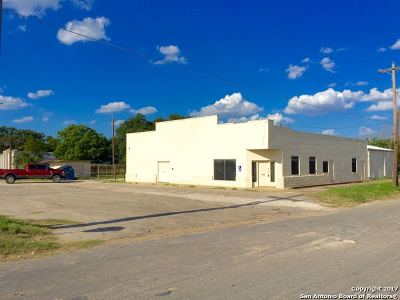 Atascosa County Commercial For Sale: 804 2nd St