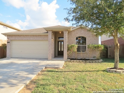 Schertz Single Family Home New: 709 Secretariat Dr