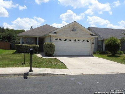 San Antonio Single Family Home New: 6634 Cougar Vlg