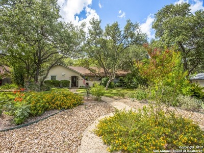 Hollywood Park Single Family Home For Sale: 128 Ridge Trail St