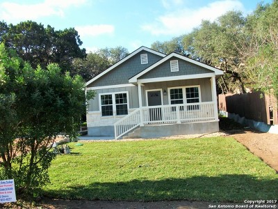 Canyon Lake Single Family Home For Sale: 105 Cedar Lane Dr