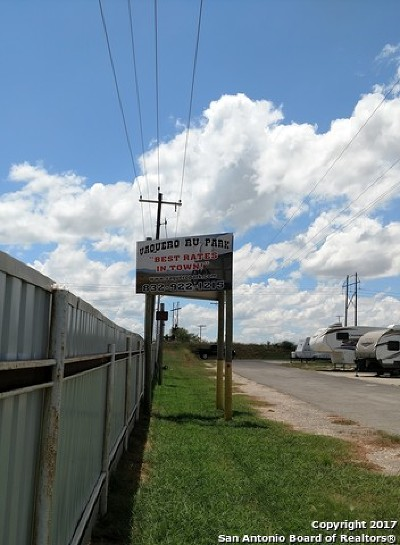 Atascosa County Commercial For Sale: 772 Humble Camp Rd