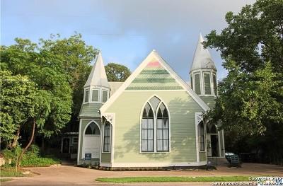San Marcos Single Family Home For Sale: 516 W Hopkins