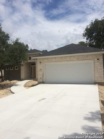 Spring Branch Single Family Home For Sale: 1571 Deep Water Dr