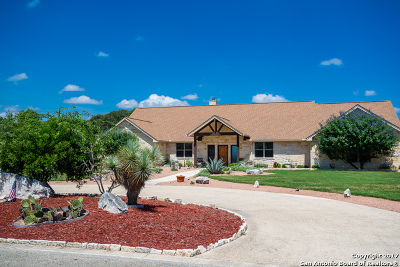 Single Family Home For Sale: 546 Cypress Estates Pkwy