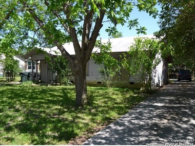 San Marcos Single Family Home For Sale: 1407 W Hopkins St