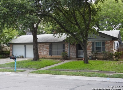 Live Oak Single Family Home For Sale: 7405 Leafy Hollow Ct