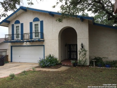 Universal City Single Family Home For Sale: 13910 Oak Mdws