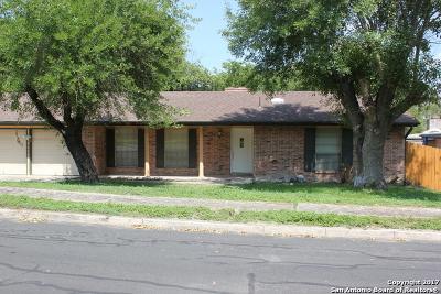 San Antonio Single Family Home Back on Market: 7406 Castle Wood