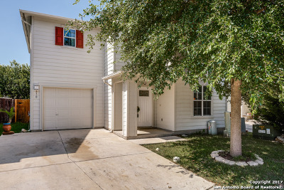 Boerne Single Family Home For Sale: 110 Hampton Bnd