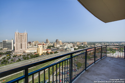 San Antonio Condo/Townhouse Back on Market: 215 Center St #1901