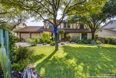Encino Park, Encino Park Est Single Family Home For Sale: 19926 Encino Ridge St