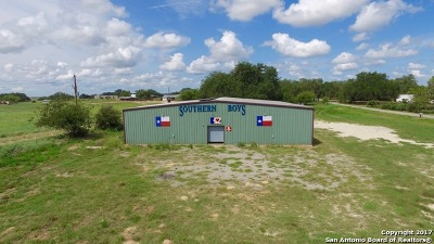 Atascosa County Commercial For Sale: 105 Kimber Ln