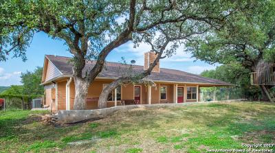 Canyon Lake Single Family Home For Sale: 132 Fox Rdg