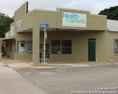 Commercial For Sale: 1002 18th St