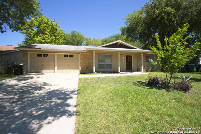 Single Family Home For Sale: 9703 Bear Creek Dr