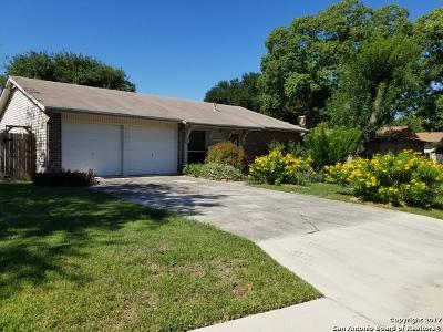 Bexar County Single Family Home Back on Market: 7721 Hunter Oaks St