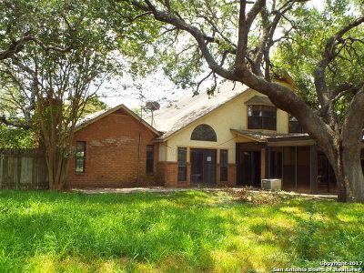 Atascosa County Single Family Home New: 1202 Meadowlark