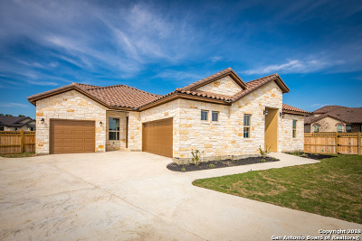 New Braunfels Single Family Home For Sale: 2448 Crikey Ct