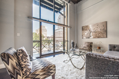 San Antonio Condo/Townhouse New: 214 E Travis St #305