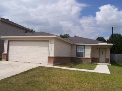 San Antonio Single Family Home For Sale: 3907 Regal Rose