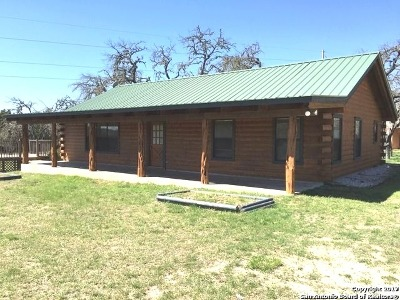 Pipe Creek Single Family Home New: 181 Twisting Oaks Ct