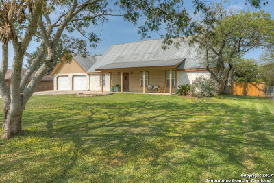 New Braunfels Single Family Home New: 1369 Timberhill Dr