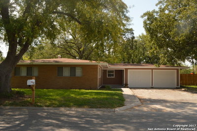 Guadalupe County Single Family Home New: 1303 Mockingbird Ln