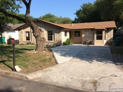 Single Family Home For Sale: 214 Kimberly Dr