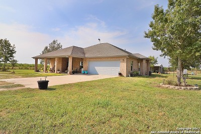 Guadalupe County Single Family Home New: 416 Tosca Ln