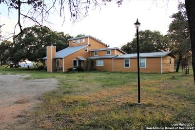 Medina County Single Family Home For Sale: 390 County Road 6717