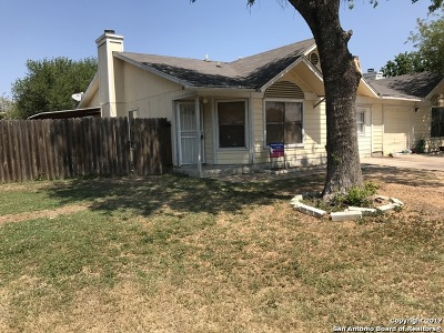 Bexar County Rental New: 8326 Forest Ridge Dr