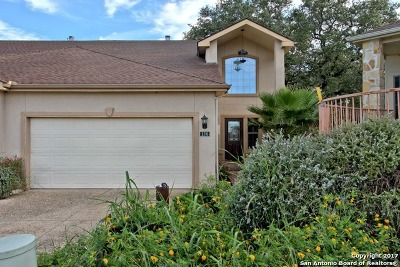 Canyon Lake Condo/Townhouse For Sale: 130 Clearwater Ct #7