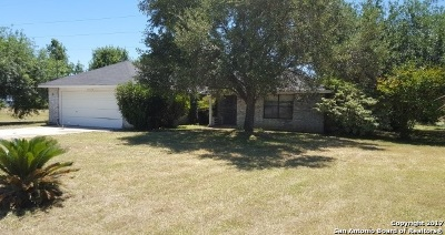 Single Family Home For Sale: 12725 Applewhite Rd