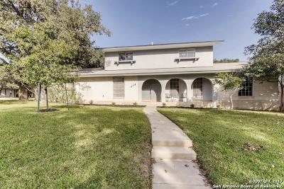Thousand Oaks Single Family Home For Sale: 16418 Ledge Rock St