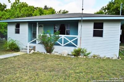 Bandera County Single Family Home For Sale: 247 Chuck Wagon Rd