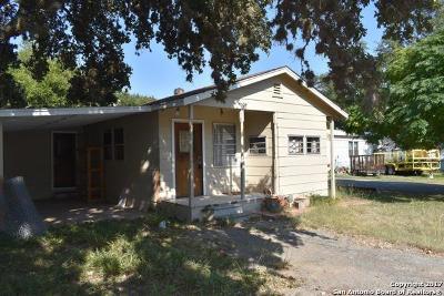 Bandera County Single Family Home For Sale: 8661 Whartons Dock Rd