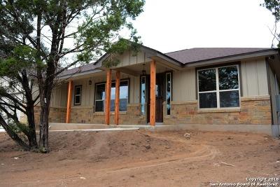 Canyon Lake Single Family Home For Sale: 345 Bogi St