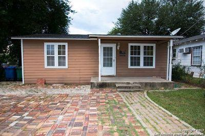 Single Family Home For Sale: 607 Rochambeau