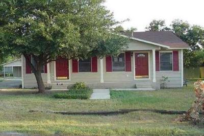 San Antonio Rental New: 2611 W French Pl