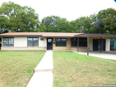 San Antonio Single Family Home For Sale: 103 Grantham Dr.