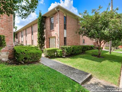 San Antonio Condo/Townhouse New: 7815 Broadway St #306C