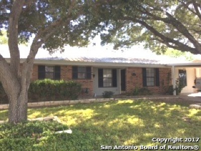 Karnes County Single Family Home For Sale: 912 King Avenue