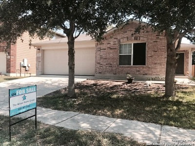 Cibolo Single Family Home For Sale: 224 Armadillo Way