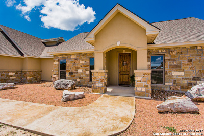 Single Family Home For Sale: 428 Cypress Estates Pkwy