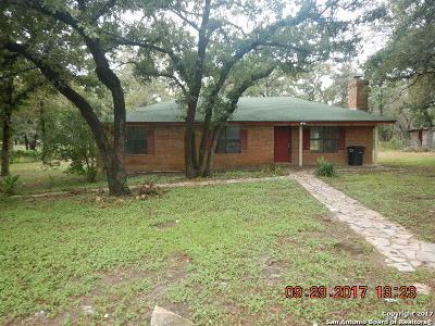 La Vernia Single Family Home For Sale: 125 Kothmann Rd