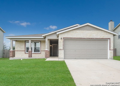 New Braunfels Single Family Home For Sale: 1432 Prairie Rock