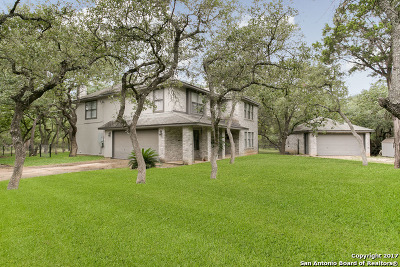 Comal County Single Family Home For Sale: 1295 Hidden Oaks Dr