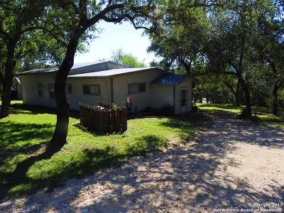 Bandera County Single Family Home For Sale: 139 Romian Way