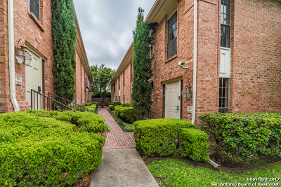 Bexar County Condo/Townhouse Active RFR: 7815 Broadway St #306C